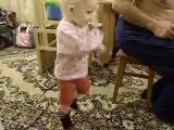 Сашенька танцует тыбырдык. марийская плясовая